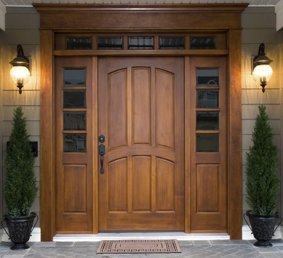 Striking Home Entry Door Stuns In Naperville